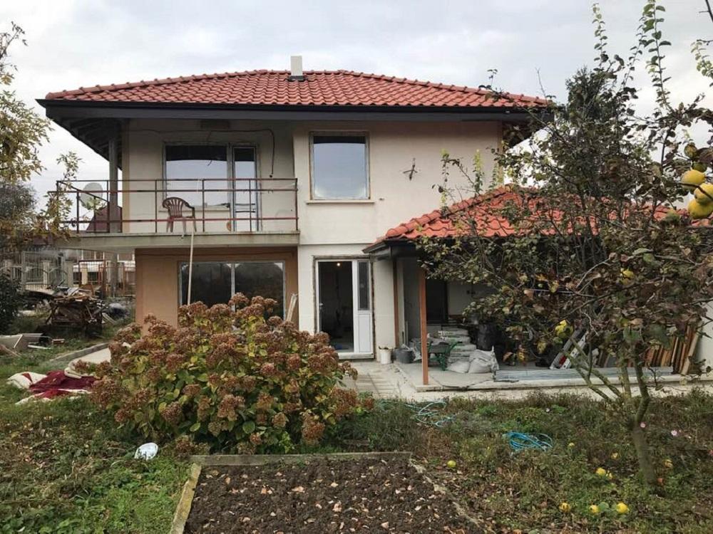 Основен ремонт на къща в с.Куманово